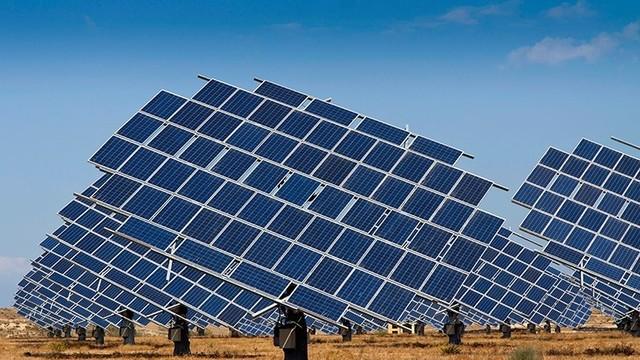165250026-olar-energy-plant-800-450-90-s-c1-c-c-640x360
